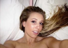 Sublime blondasse demande du sexe