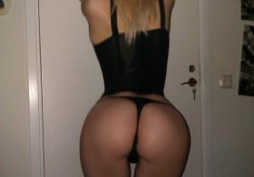 Plan sexe hard avec une étudiante sexy et douée